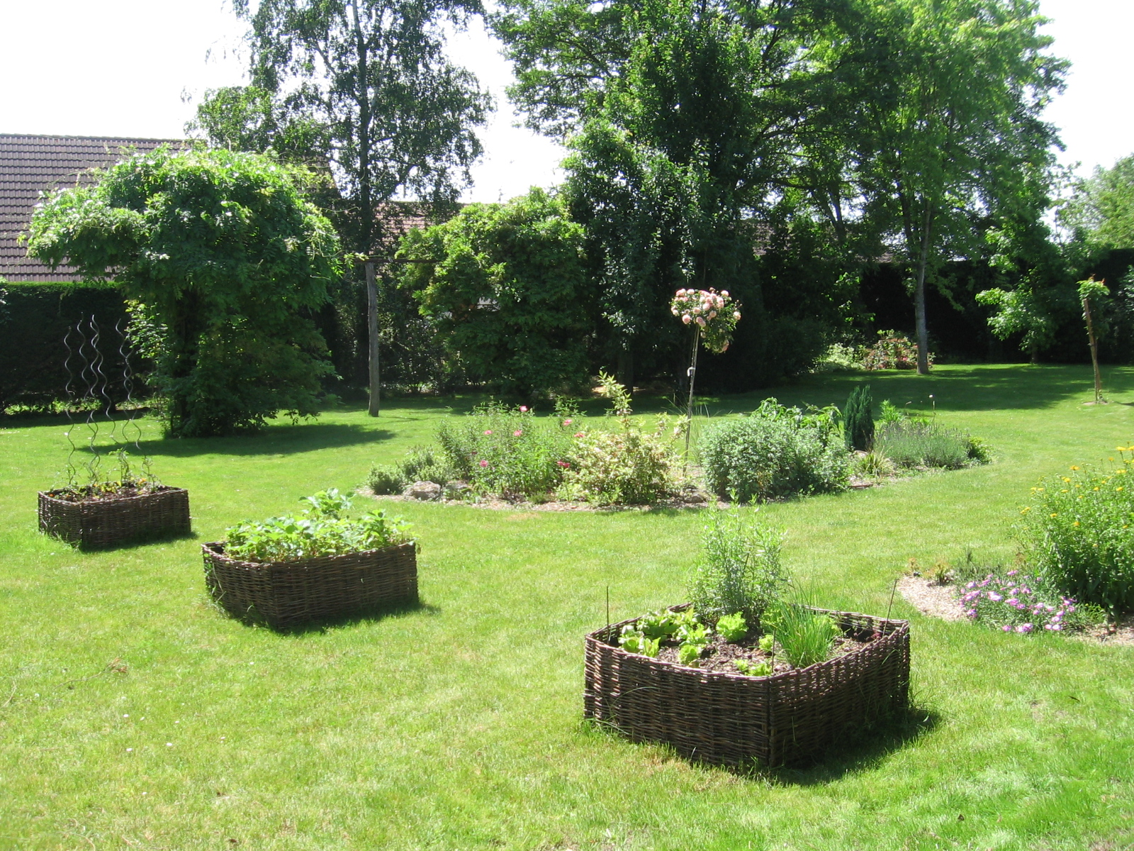 Laviverte cr ateur d 39 am nagements paysagers for Entretien jardin loiret
